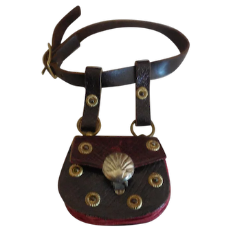 French Fashion Brown Leather Purse on a Belt