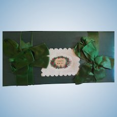 """12"""" Green Silky Candy Box For Display with Dolls"""