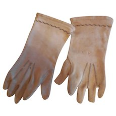 "4 1/2"" Long Beige Cloth Doll Gloves"