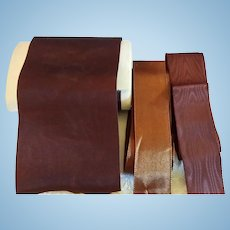 3 Ribbons in Shade of Brown