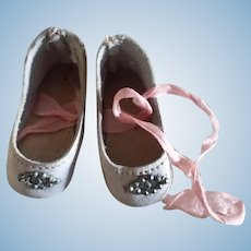 "Small 1 3/4"" Faded Pink Leather Shoes for Small German or French Bebe"
