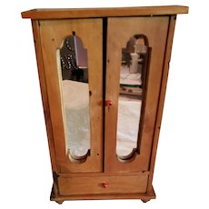 "8"" Wood Doll Wardrobe"