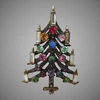 Vintage Hollycraft Christmas Tree Pin With Crystal Candles