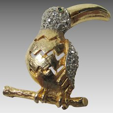 Vintage Les Bernard Textured Goldtone Toucan with Crystal Enhancements and a Green Eye