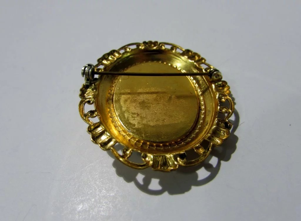 Victorian Brass Back Cameo Pin in Goldtone Scrolled ...