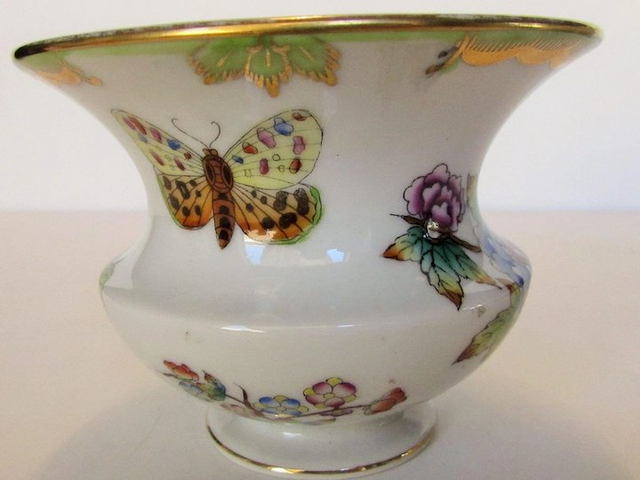 Herend Vase Victoria Butterflies And Flowers Pattern Style And