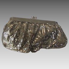 Vintage Silver Tone Mesh Purse With Unique Hinged Opening