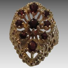 14 Karat Yellow Gold Garnet Ring