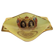 King George VI and Queen Elizabeth Celebrating Visit to America 1939 Deco Low Bowl