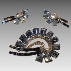 Vintage Signed Weisner Pin and Matching Clip Earrings Set in Sky Blue Crystals in Baguette Cuts