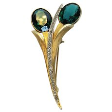 Vintage Kramer Goldtone Pin With Large Faux Emerald and Clear Crystal Accents in Floral Form