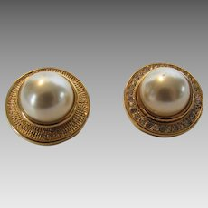 Vintage Kenneth J. Lane Pierced Faux Mabe Pearl Earrings in Goldtone and Clear Crystal Surround
