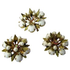Vintage Alice Caviness Mid Century Pin and Matching Clip Earrings Set in White Art Glass and Green Enamelled Leaves