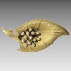 Vintage Mid Century Goldtone Pin by BSK in Calla Lily Form With Faux Pearl Stamens
