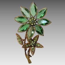 Vintage Signed Hollycraft Flower Pin With Peridot Crystals Set in Goldtone