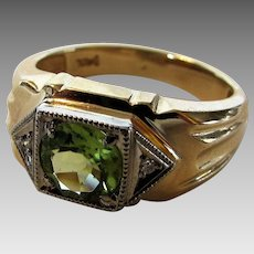 14 Karat Yellow Gold Unisex Ring With Peridot and Diamond Accents