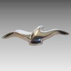 Sterling Silver Signed Bayanihan Seabird in Flight Pin