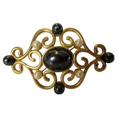 Vintage Monet Goldtone Pin With Faux Tahitian and Faux Cream Pearls