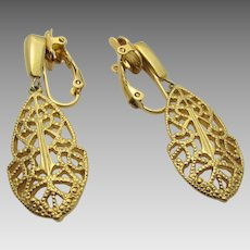Vintage Trifari Goldtone Clip On Earrings
