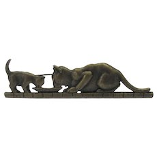 Vintage JJ Bronzed Tone Mother Cat and Kitten Sharing Dinner Pin