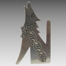 Sterling Silver Navajo Artist Allison Howling Wolf Pin With Detail