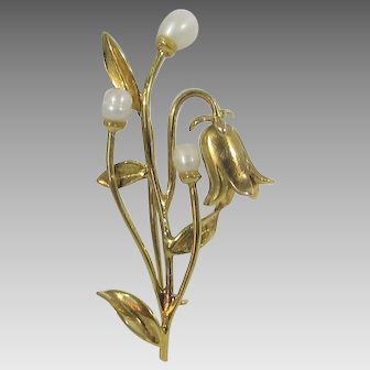 10 Karat Yellow Gold Nouveau Pin With Freshwater Pearls In  Lilly of the Valley Form