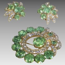 Vintage Eisenberg Ice Pin and Earring Set In Green and Clear Crystals