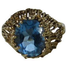 10 Karat Yellow Gold Blue Topaz Ring In Organic Setting