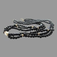 14 Karat Yellow Gold Onyx and Cultured Pearl Choker