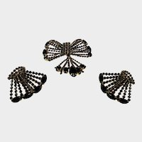 Vintage Hattie Carnegie Set With Pin and Matching Clip On Earrings in  Goldtone Surround of Black Crystals