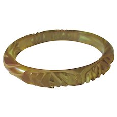 Bakelite Carved Apple Juice Bangle