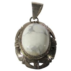 Sterling Silver Pendant With Interesting Agate Center Artist Signed