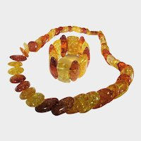 Fabulous Clarified Amber Matching Necklace and Stretch Bracelet Set