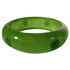 Bakelite Inlaid Dot Bangle in Lime and Apple Green Tones