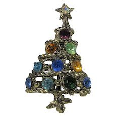 Christmas Tree Pin With a Variety of Colored Crystal Ornaments
