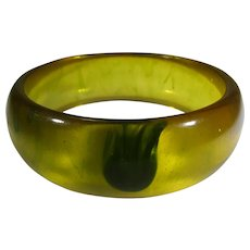 Bakelite Applejuice Bangle With Green Accent