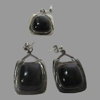 Sterling Silver Native American Navajo Pendant and Matching  Pierced Earrings with Onyx