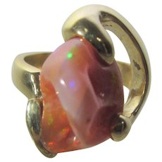 18 Karat Yellow Gold Natural Mexican Opal Futurist Style Ring