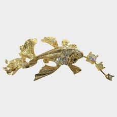 Vintage Goldtone Fish Blowing Bubbles Pin