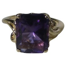 14 Karat Yellow Gold Ring With Rich Purple Amethyst