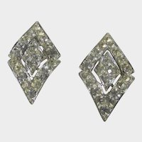 Vintage Sarah Coventry Mid Century Silver Tone Clear Crystal Clip On Earrings