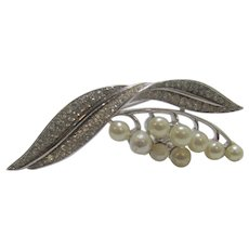 Crown Trifari  Patented Silver Tone Pin With Faux Pearls