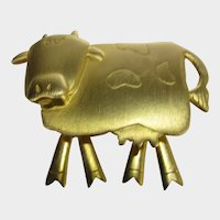 Vintage JJ Brushed Goldtone Pin Of Dancing Cow With Moveable Legs