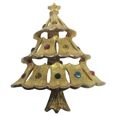 Vintage JJ Christmas Tree Pin in Goldtone With Gem Colored Crystals Gold Tone Star Topper