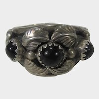 Native American Sterling Silver Ring With Three Onyx Cabochons