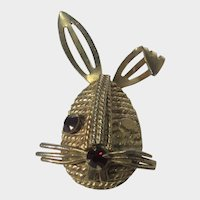 Vintage Sarah Coventry Mid Century Gold Tone Bunny Pin With One Ear Down