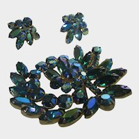 Vintage Juliana Art Glass Set With Pin and Earrings in Turquoise Aurora Borealis Crystals