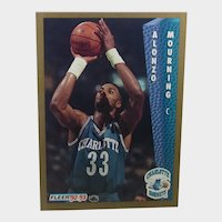 1992-93 Fleer #311 Alonzo Mourning Charlotte Hornets Rookie Card