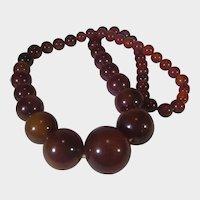 Bakelite Beads Graduated Necklace With Original Bakelite Clasp in Brown