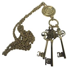 Joan RIvers Keys to the Kingdom Charm Necklace in Gold Tone